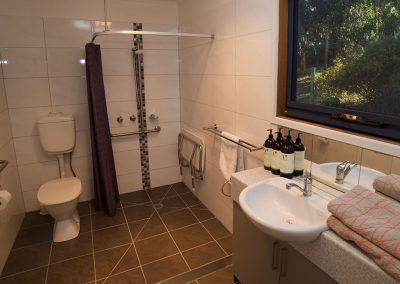 Fisheye9 - Great Ocean Road accommodation.  Modern bathroom equipped with wheelchair accessible amenities.
